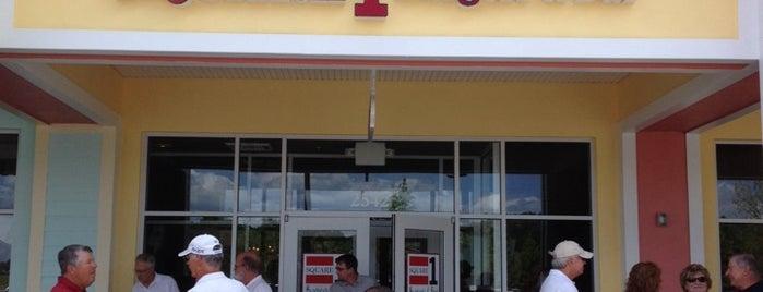 Square 1 Burgers & Bar is one of Gespeicherte Orte von Lizzie.