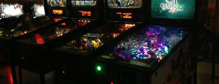 Playdium Mississauga is one of Pinball Destinations.