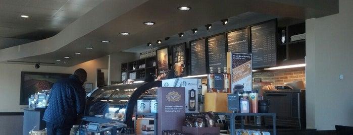 Starbucks is one of JKOさんのお気に入りスポット.