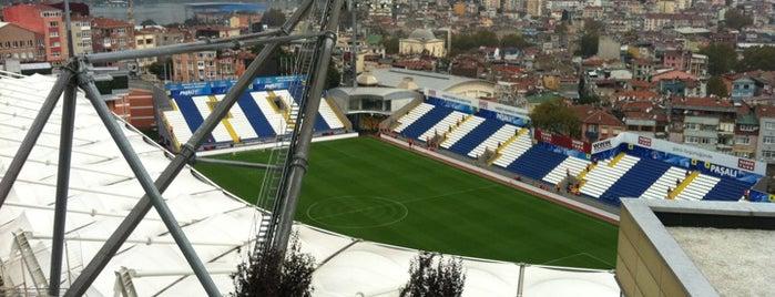 Recep Tayyip Erdoğan Stadyumu is one of HAKAN'ın Kaydettiği Mekanlar.