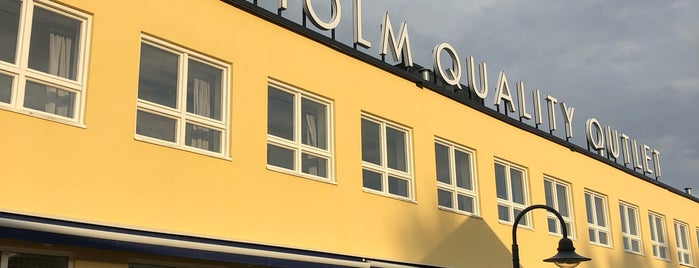 Stockholm Quality Outlet is one of Locais curtidos por Inés.