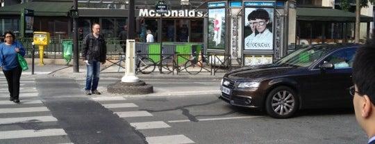 McDonald's is one of Lieux qui ont plu à Mine.