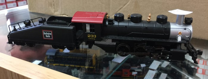 Eastside Trains is one of John'un Kaydettiği Mekanlar.