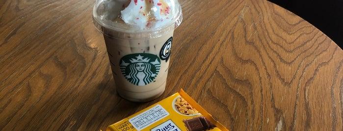 Starbucks is one of Locais curtidos por Yodpha.