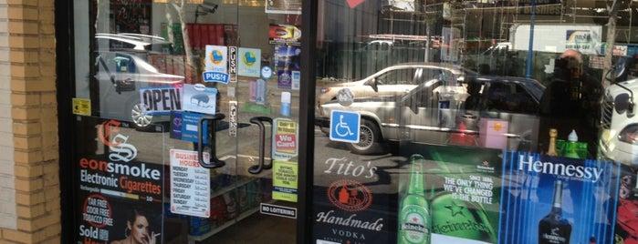 Liquor Store Mini Market Snacks is one of Tempat yang Disukai JESS.
