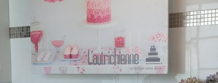 L' Autrichienne by Sacher Cake Shop is one of Lugares guardados de Jonathan Josue.