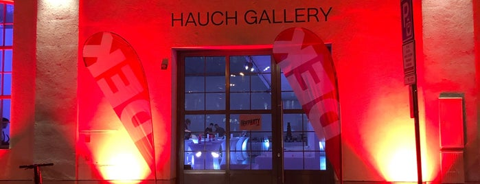 Hauch Gallery is one of Prag Entertainment.