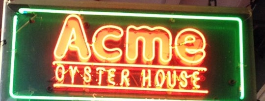 Acme Oyster House is one of Tempat yang Disukai Emily.