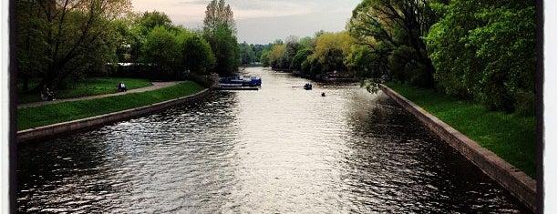 Мало-Крестовский мост is one of Posti che sono piaciuti a Elena.