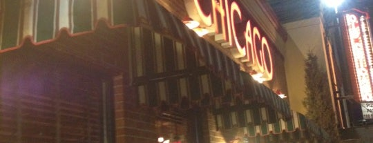 Old Chicago is one of pizza places of world 2.