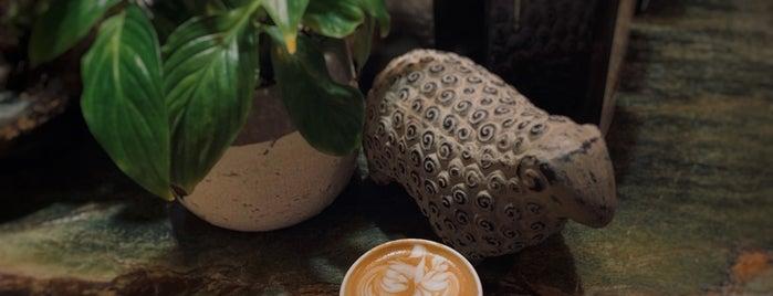 Temper Café is one of Coffee shops | Riyadh ☕️🖤.