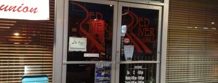 Red River Grill is one of สถานที่ที่ Adam ถูกใจ.
