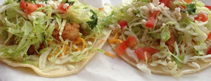 Fuzzy's Tacos is one of Brett : понравившиеся места.