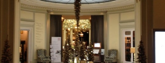 The Westin Palace is one of Krystelさんの保存済みスポット.