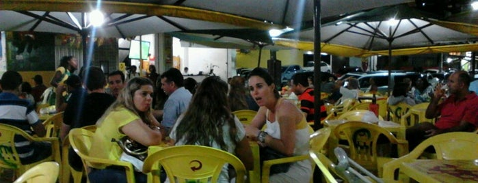 Cabral bar is one of BOM LUGAR.