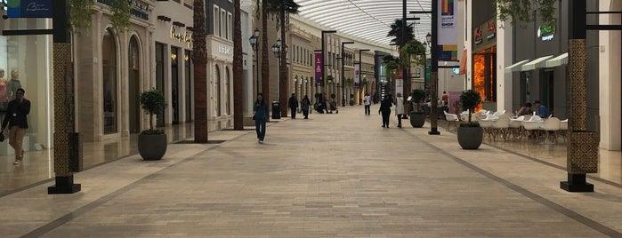 The Avenues is one of Lugares favoritos de Omar.