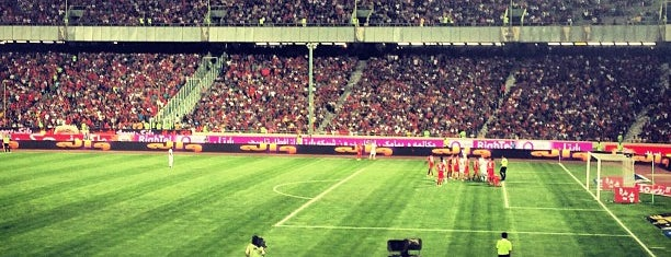 Azadi Sport Complex   مجموعه ورزشی آزادی is one of Hamit: сохраненные места.