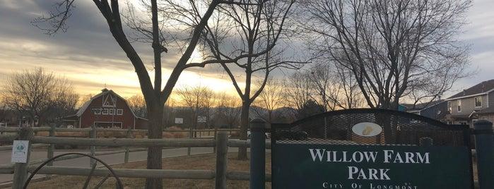 "Willow Farm ""Barn"" Park is one of Locais salvos de DV."