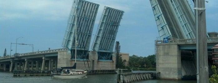 The South Siesta Bridge is one of Alexandra : понравившиеся места.
