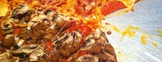 Blue Cannon Pizza Co. is one of Gig Harbor Eats.