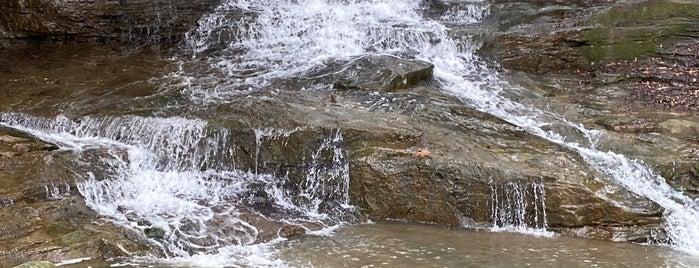 Honey Run Waterfall Park is one of Ohio with JetSetCD.