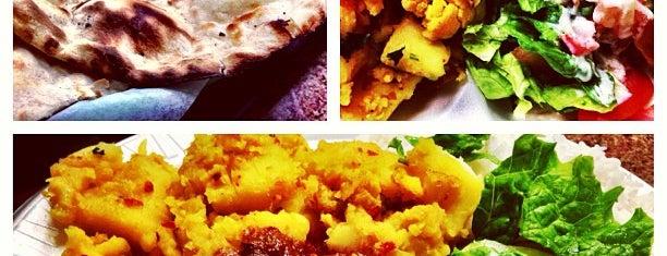 Delhi Kitchen is one of Locais curtidos por Kimberly.
