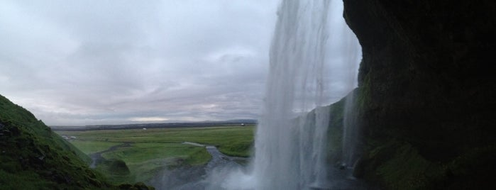 Seljalandsfoss is one of Iceland.