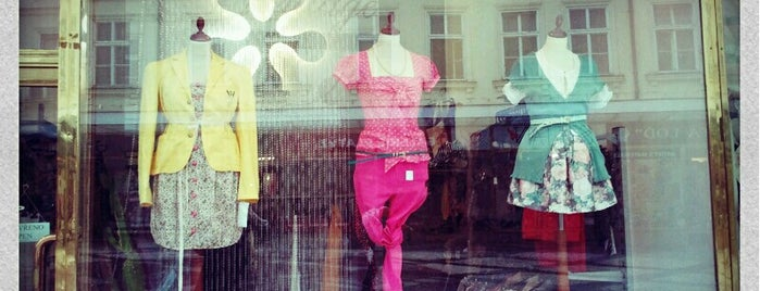 Vintage Fashion QUASIMODO shop is one of Navštiv 200 nejlepších míst v Praze.
