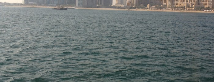 Dubainight is one of Lugares favoritos de Antonio.