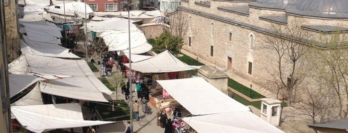 Fındıkzade Cuma Pazarı is one of Istanbul |Shopping|.