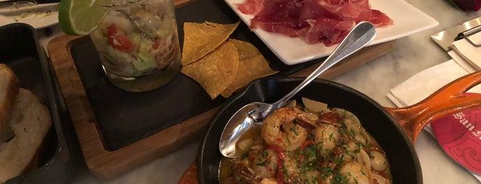 Sabio Tapas Bar & Restaurant is one of สถานที่ที่ Paolo ถูกใจ.