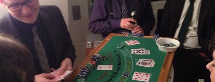 Casino Herten is one of สถานที่ที่ Jan-Paul ถูกใจ.