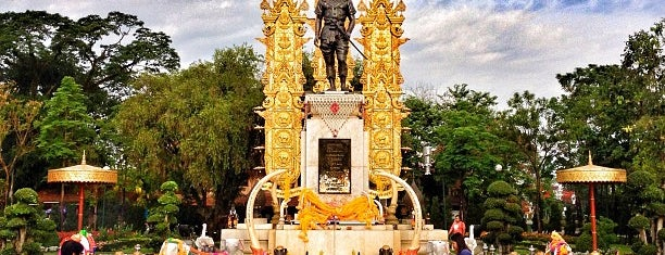 King Mengrai Monument is one of Chiang rai jaoo.