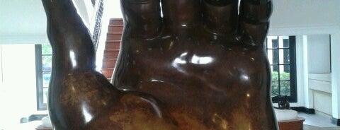 Museo Botero is one of Lugares para visitar en Bogotá :).