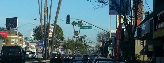 2nd Street is one of LB Favorite Places.