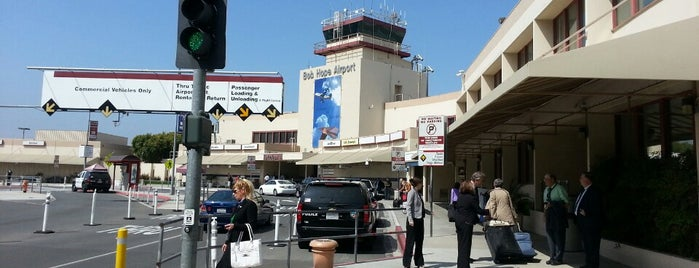 Hollywood Burbank Airport (BUR) is one of Tempat yang Disukai beau.