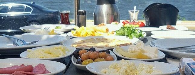 Lagün Mangalbaşı & Cafe is one of Tempat yang Disimpan EGE.