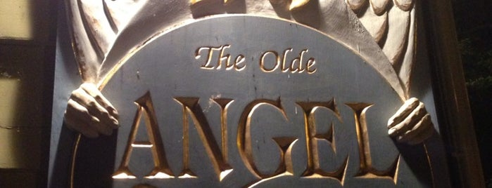 The Olde Angel Inn is one of Lugares favoritos de Ethan.