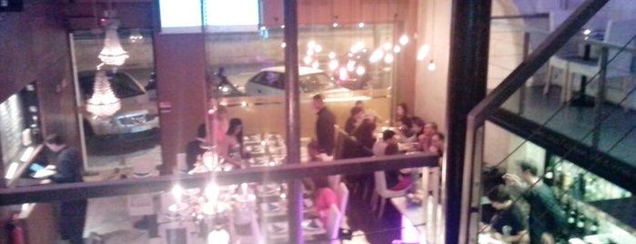 Lizboa Café is one of Jantar-almoçar.