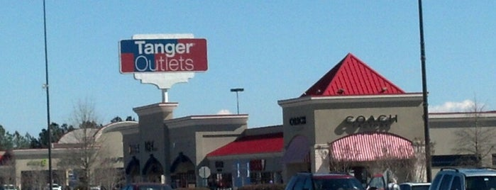 Tanger Outlet Commerce is one of Tracy's Liked Places.