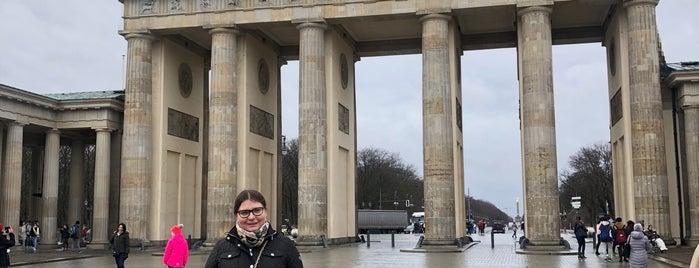 Браденбургские Ворота is one of Берлин.