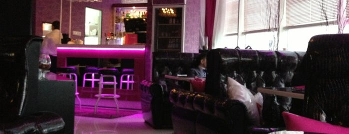 Bl@ckberry Fashion Cafe is one of RestoUp Top (500 - 1200 руб), СПб.