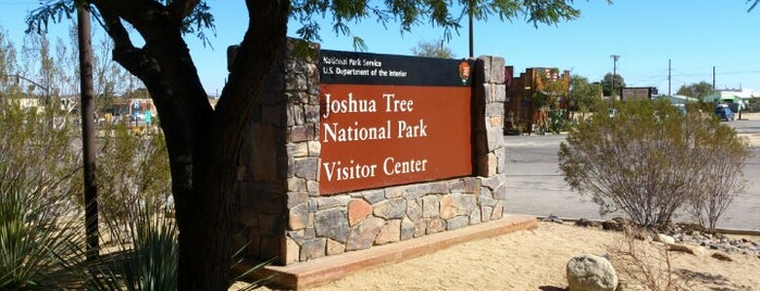 Joshua Tree National Park Visitors Center is one of Miye'nin Kaydettiği Mekanlar.
