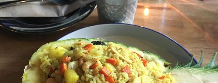 Kin Len Thai Night Bites is one of Locais curtidos por Cusp25.