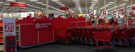 Target is one of Orte, die DJ Lizzie gefallen.