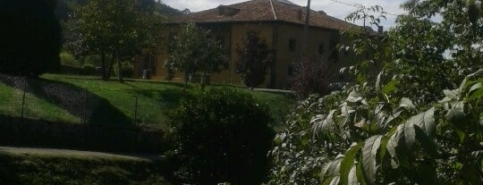 Palacio de Lieres (Siero) is one of Casa Inés alojamientos rurales.