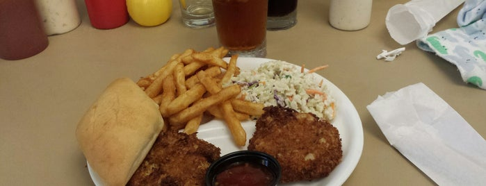 Gravy Southern Eatery is one of Calabash.