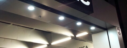 Fnac is one of livraria.