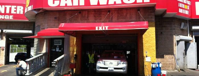 Hi-Tek Car Wash and Lube is one of Lugares favoritos de Tanya.