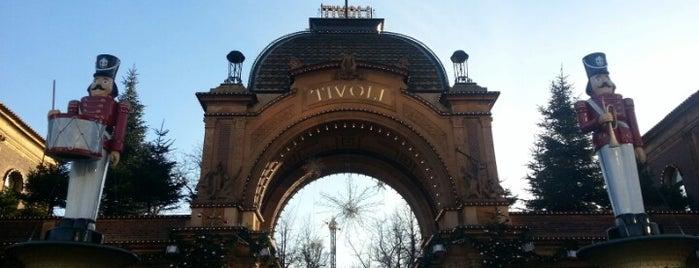 Jul I Tivoli is one of Orte, die Gordon gefallen.
